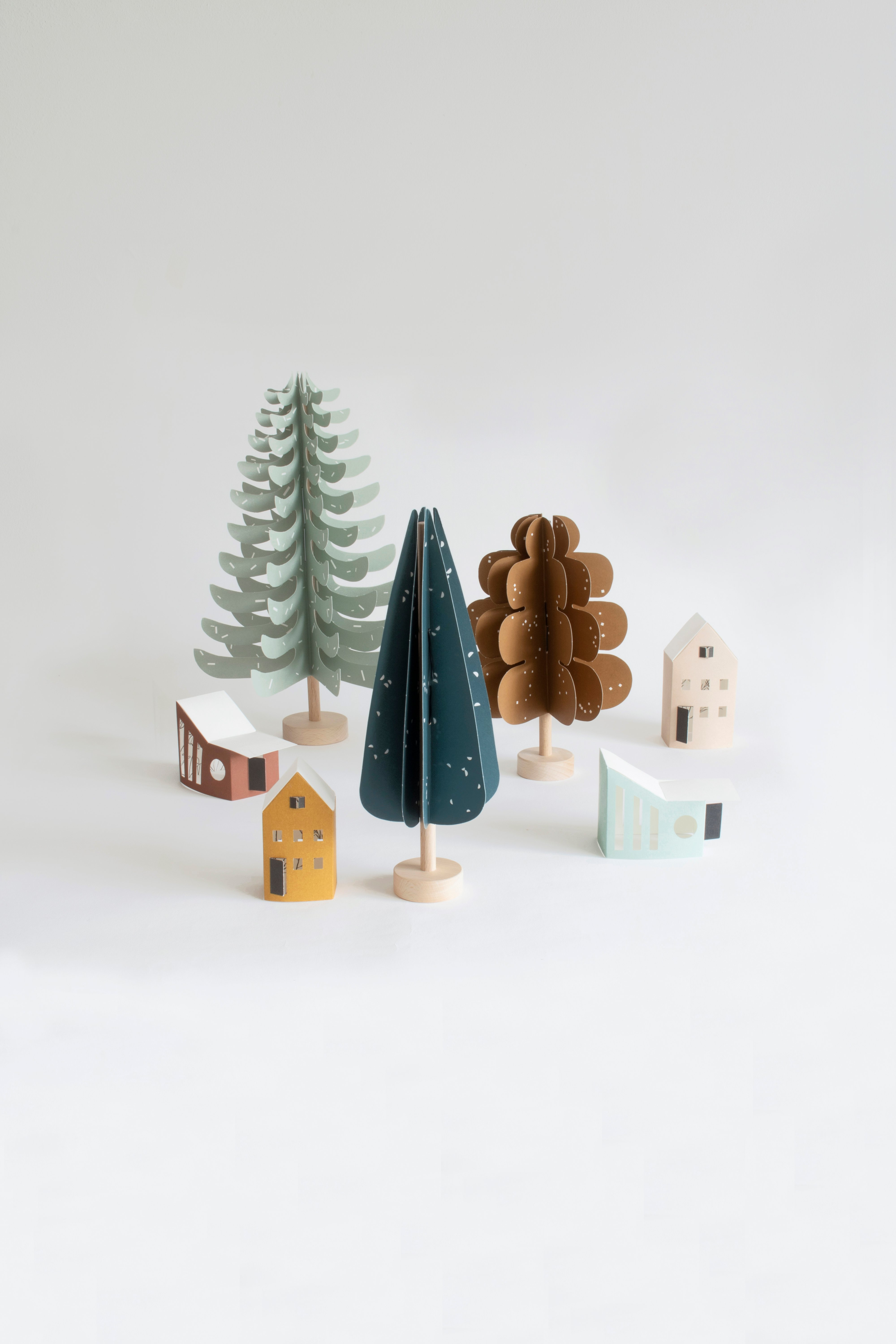 FIR_3 TREES + tiny houses